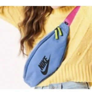 Nike HERITAGE Unisex In Blue Hip Pack Fanny Pack